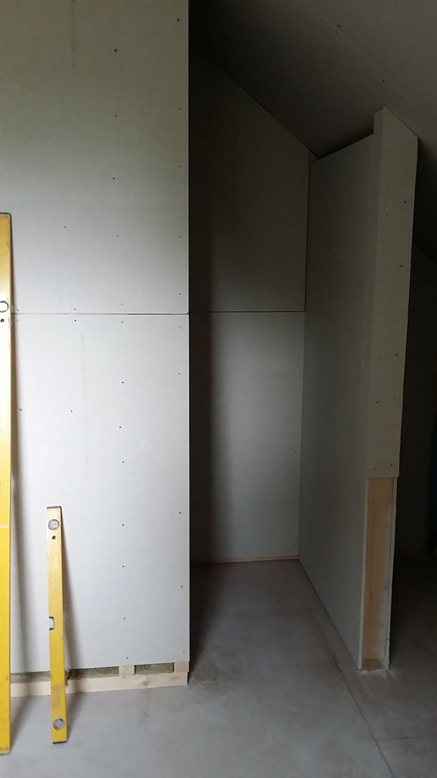abenteuer ausbauhaus dusche wird kurzerhand umgebaut. Black Bedroom Furniture Sets. Home Design Ideas