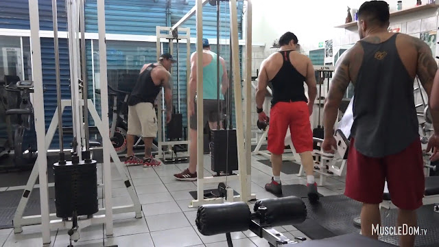 MuscleDom - Marcos in the gym