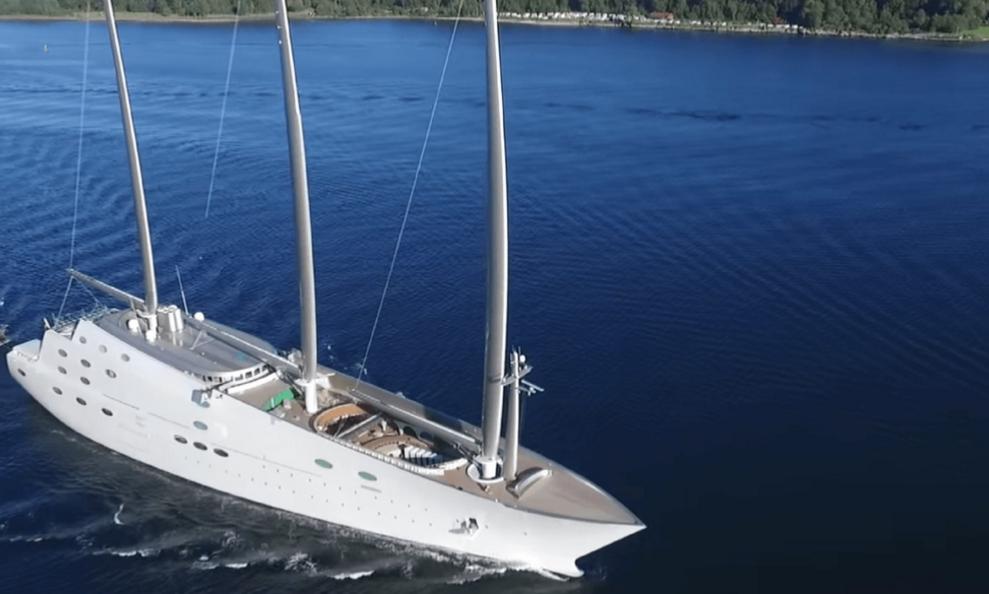 In Sardegna lo yacht a vela più grande del mondo ...