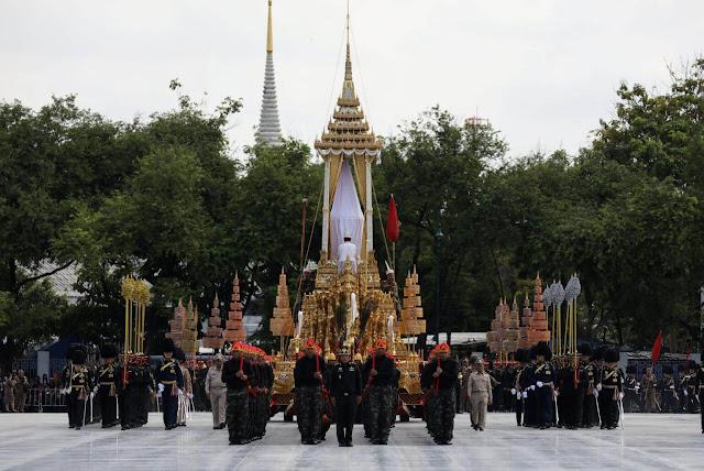 Một số lưu ý khi du lịch đến Thái Lan vào dịp Lễ Hỏa Táng nhà Vua