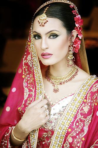 Latest Pakistani Bridal Jewellery Designs For Wedding