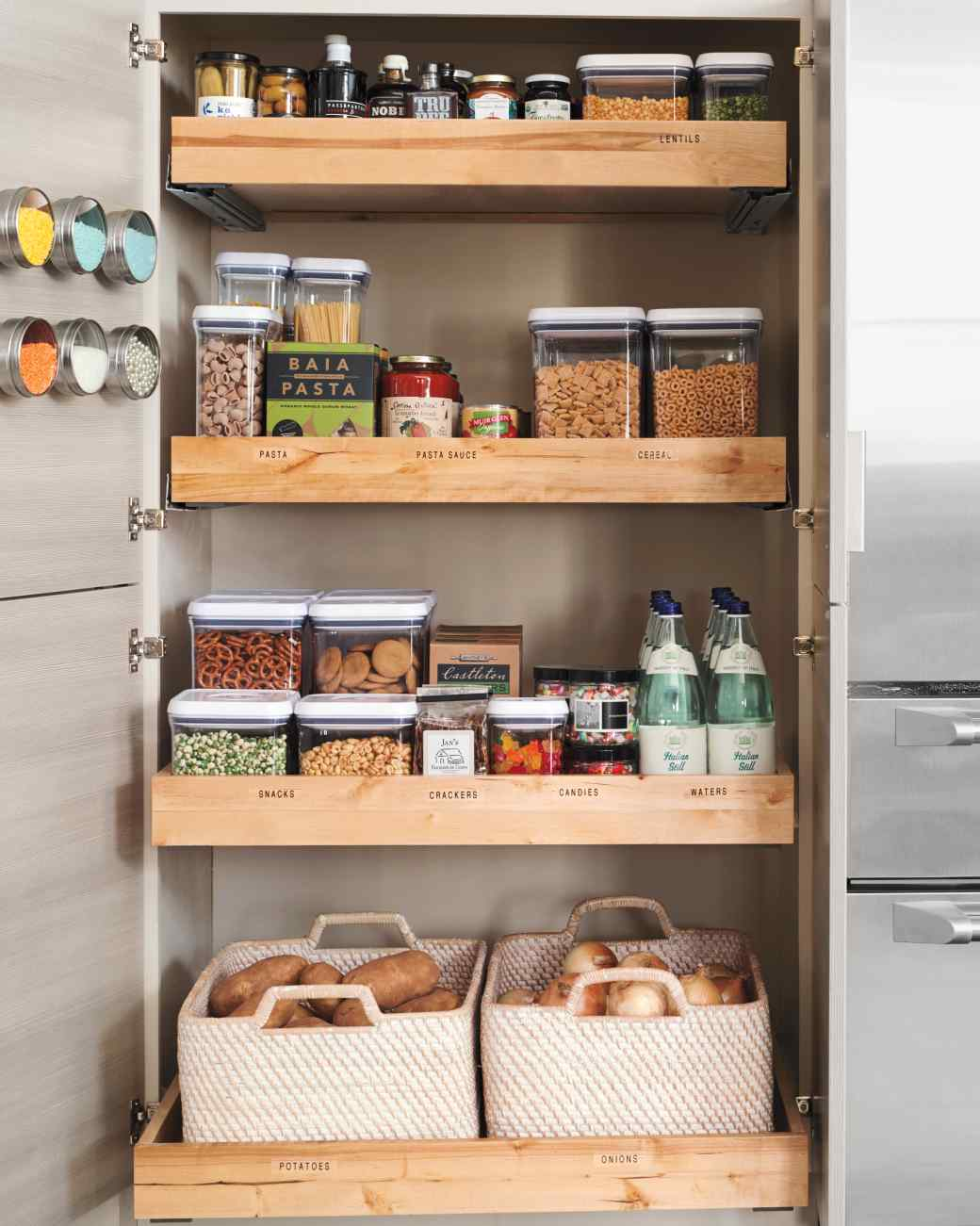 Idea Susun Atur Barang Dalam Kabinet Dapur