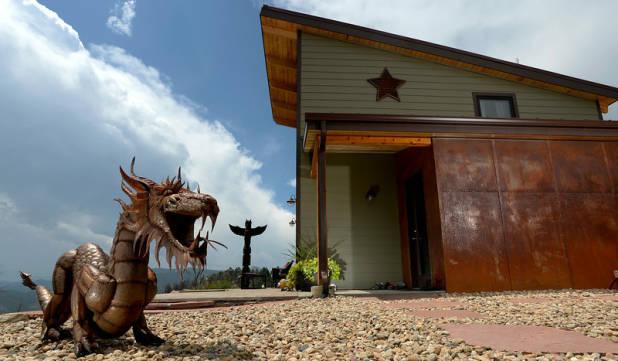 Rocky Mountain Mansion, Tiny House Nation