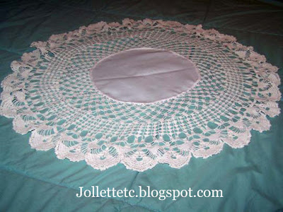 Doily made by Mary Sudie Rucker https://jollettetc.blogspot.com
