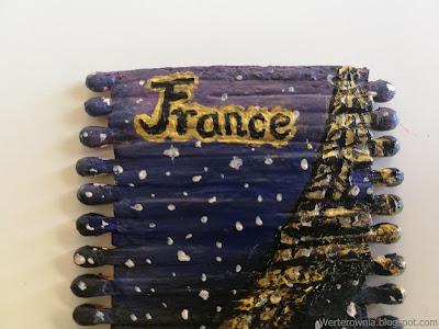 złoty napis France