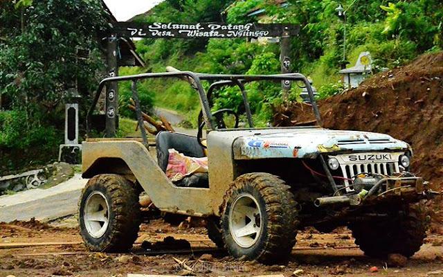 Jeep offroad di Desa Wisata Nglinggo, Samigaluh, Kulon Progo