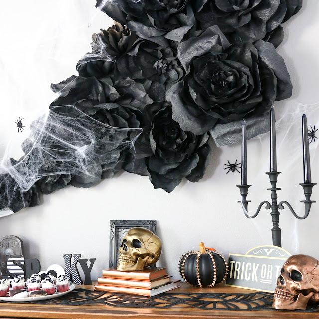 http://blog.consumercrafts.com/seasonal/fall/halloween/diy-halloween-wall-decorations/