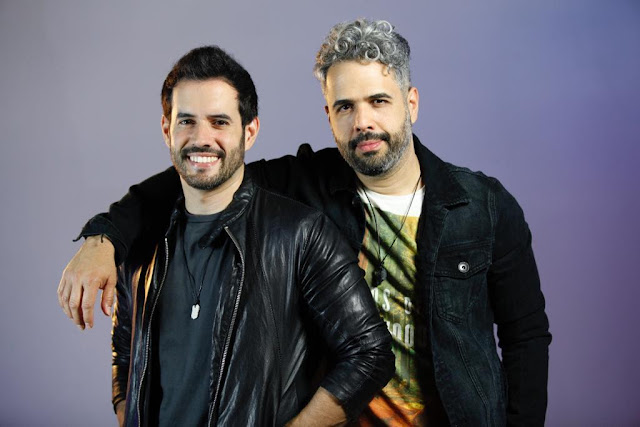Daniel Santacruz y Manny Cruz