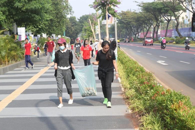 Kemenpora Ajak 1.000 Anak Muda Bersihkan GBK, Jelang Asian Games 2018