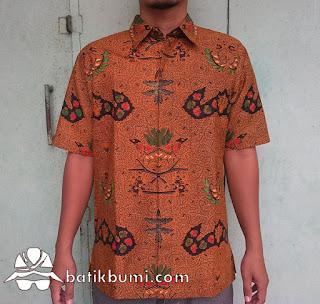 Kemeja batik wahyu tumurun