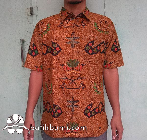 Kemeja Batik Motif Wahyu Tumurun