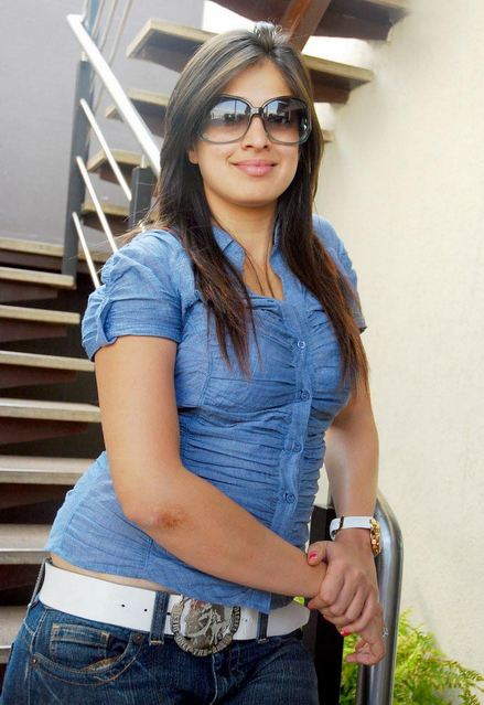 Sunny Leone Hot Photo Gallery: Hot Photos, Pictures