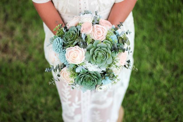 https://www.etsy.com/uk/listing/527525480/wedding-bouquetbridal-bouquetsucculent?ref=shop_home_active_24