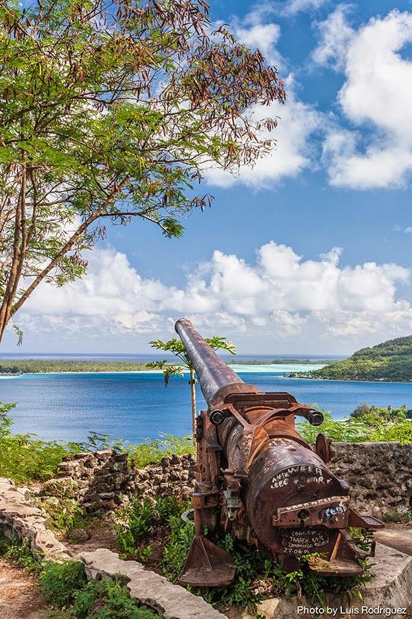 Cañones en Bora Bora