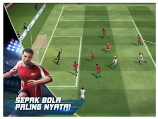 Download Real Football di Play Store