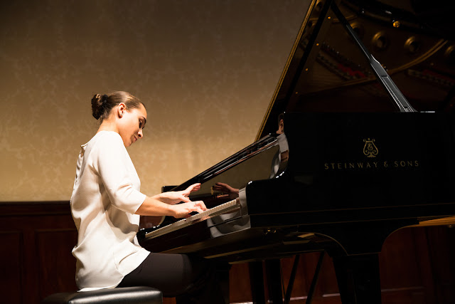 Anna Tsybuleva performs @ Wigmore Hall Launch 18.10.16 c. Simon Jay Price