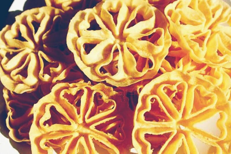Kue Kembang Goyang (Seroja)