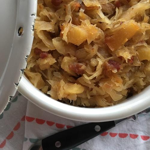 ofengschmortes Ananas-Bacon-Sauerkraut