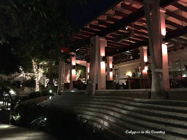 Cavatina Restaurant at the Sunset Marquis