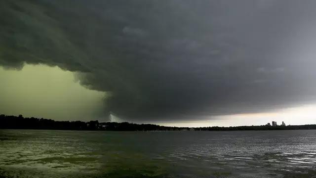 Indonesia Panen Badai...! Usai Cempaka dan Dahlia Ada 2 Bibit Siklon Tropis Baru