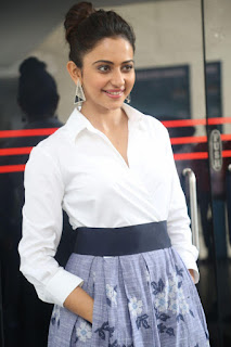 Rakul Preet Singh looks super cute in White Shirt and Skirt at Jaya Janaki Nayaka press meet 10.08.2017