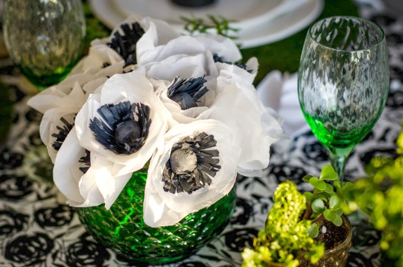 St. Patrick's Day Blogger Party - Paper Flowers