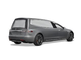 Tesla S Mercedes Benz