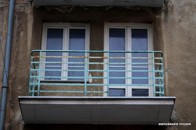 Warszawa Warsaw Mokotów ulice Mokotowa architektura miasto  kamienica balkon