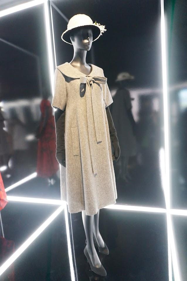 Bonne Conduite , robe blouse  en lainage , Christian Dior / Yves Saint Laurent - 195