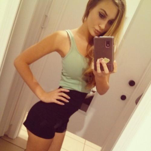Alyssa-Cunningham-Selfie-HQ
