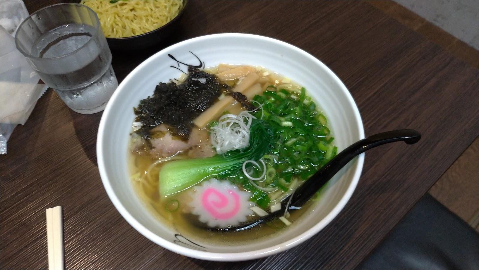長崎市 ラーメン 麺屋富貴 醤油ラーメン(関西風)