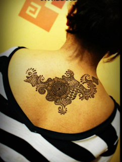 Most Popular Mehndi Designs For Back