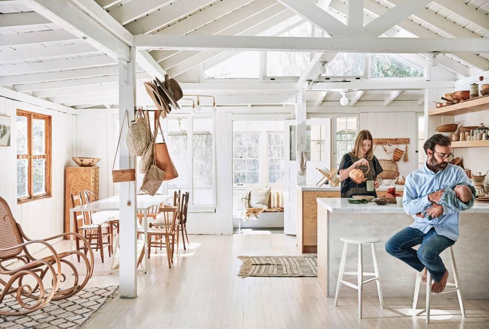 Cabană de vânătoare transformată în casă pentru o familie din Topanga, California