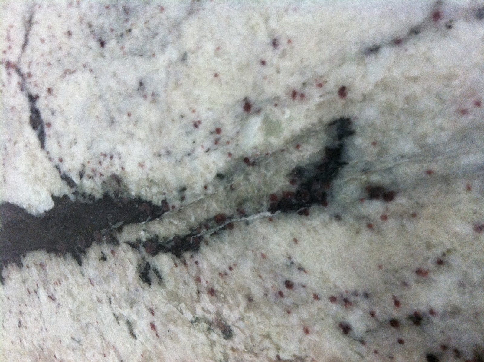 Natural Stone Source Fissures In Granite Countertops