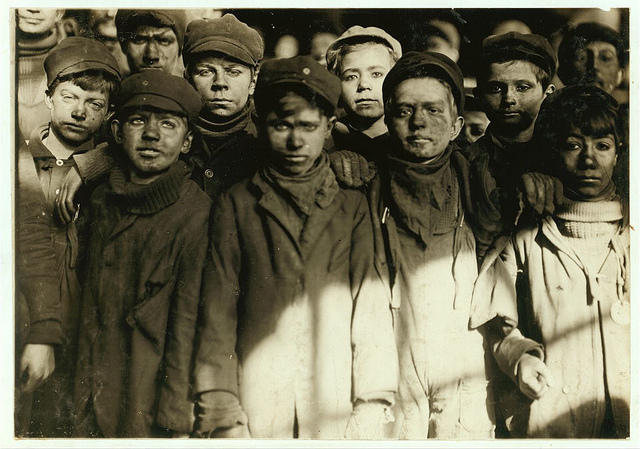 Helping to End Oppressive Child Labor in the US – The Photography of Lewis Hine