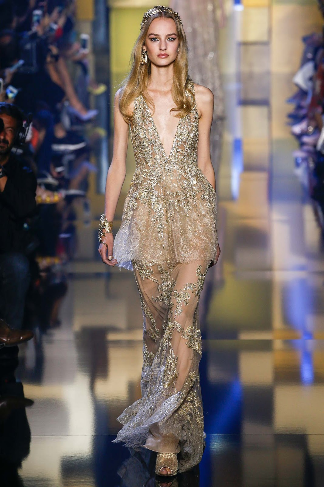 elie saab haute couture fall winter paris visual optimism fashion editorials shows. Black Bedroom Furniture Sets. Home Design Ideas