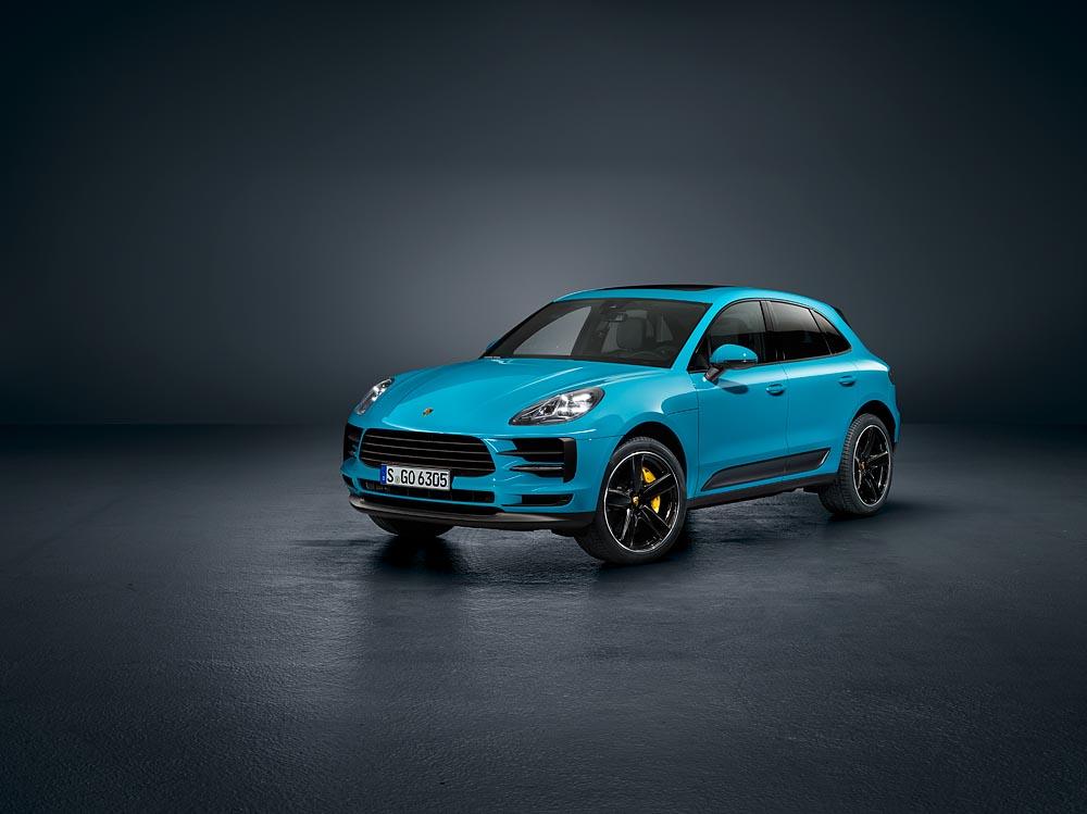 ปอร์เช่ปรับโฉมพร้อมเสริมอุปกรณ์อำนวยความสะดวกให้ยนตรกรรมสปอร์ต SUV รุ่นยอดนิยม     เปิดตัวครั้งแรกของโลกที่เซี่ยงไฮ้: ปอร์เช่ มาคันน์ ใหม่ (The new Porsche Macan)
