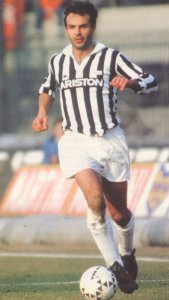 Antonio Cabrini starred in the bianconeri strip of Juventus