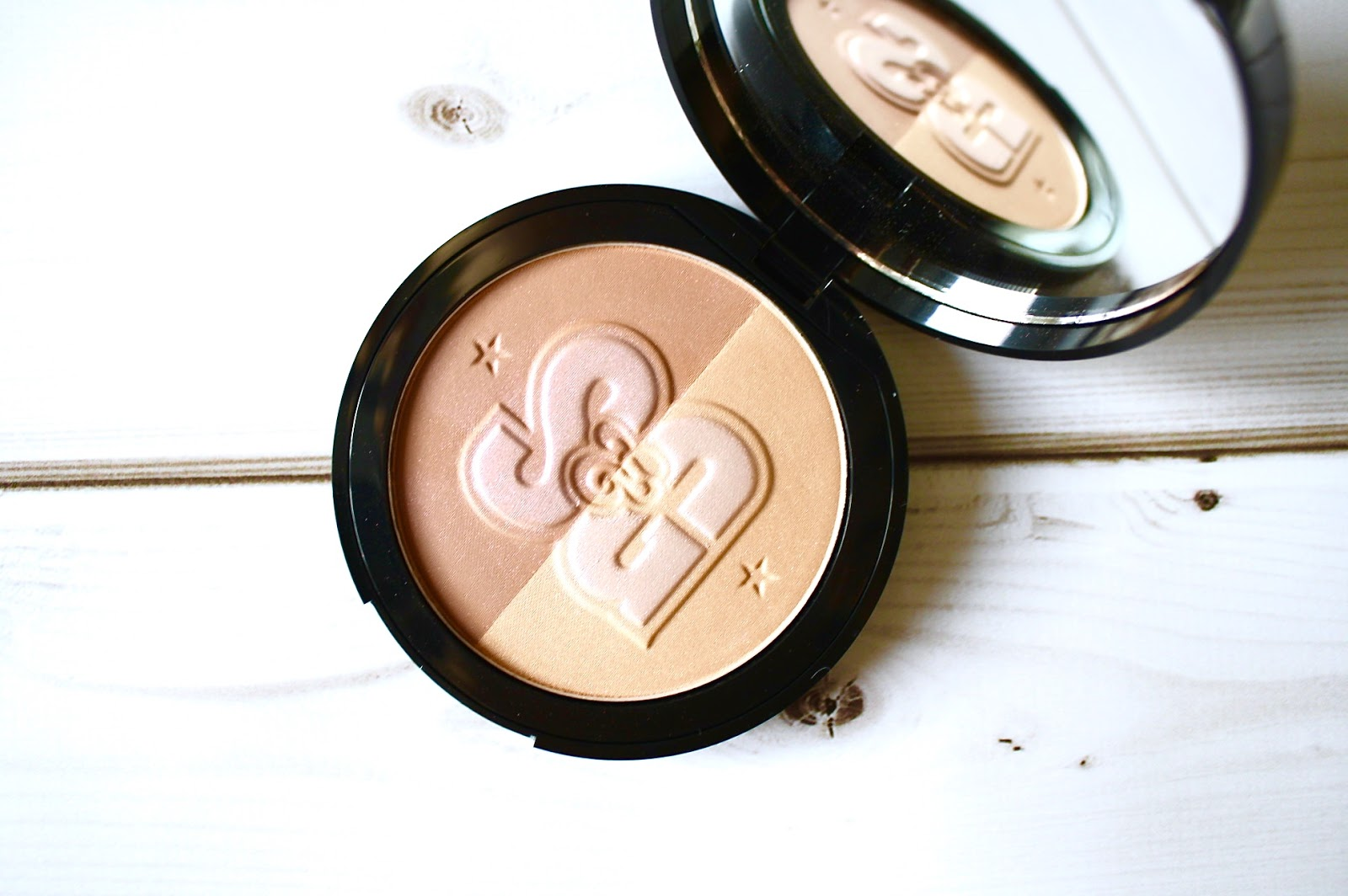 Soap & Glory Solar Powder Review