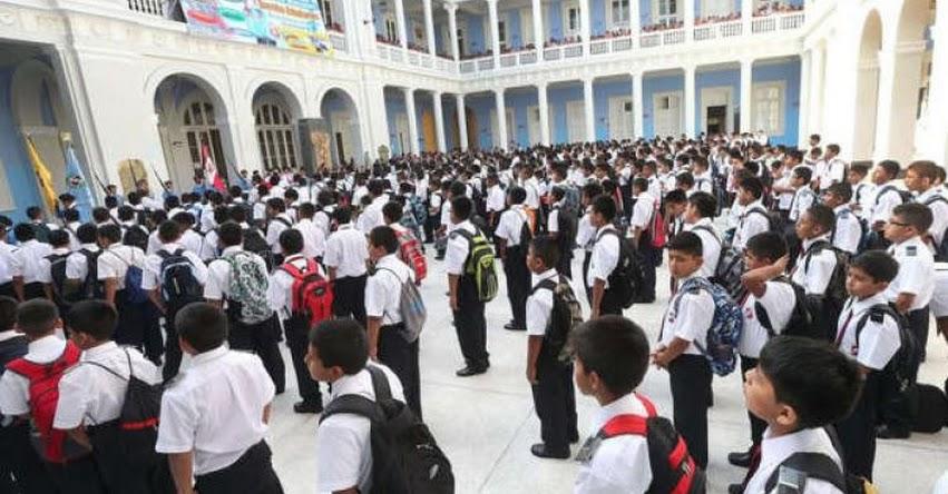 INEI: 400 mil escolares terminarán el colegio este año y el 80% entrará a un empleo informal