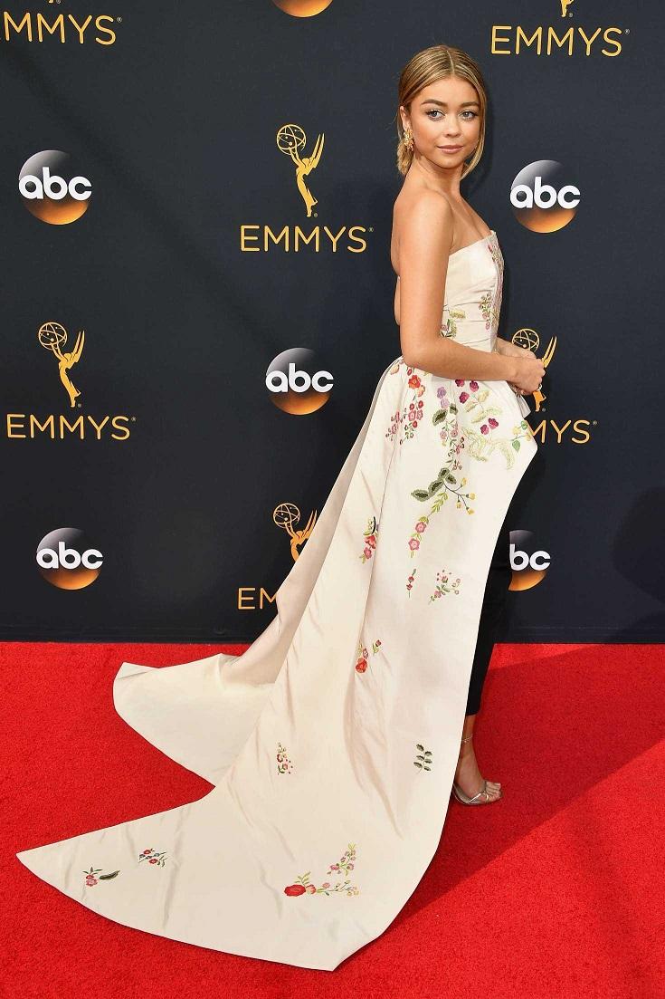 Sarah Hyland at 2016 Emmy Awards in LA