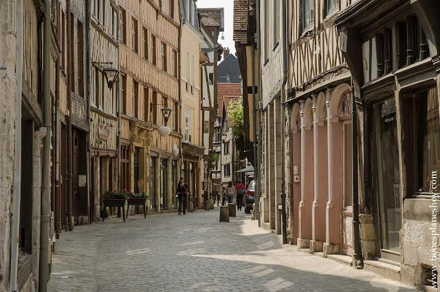 Ruan Rouen viaje Normandia calles turismo roadtrip imprescindibles