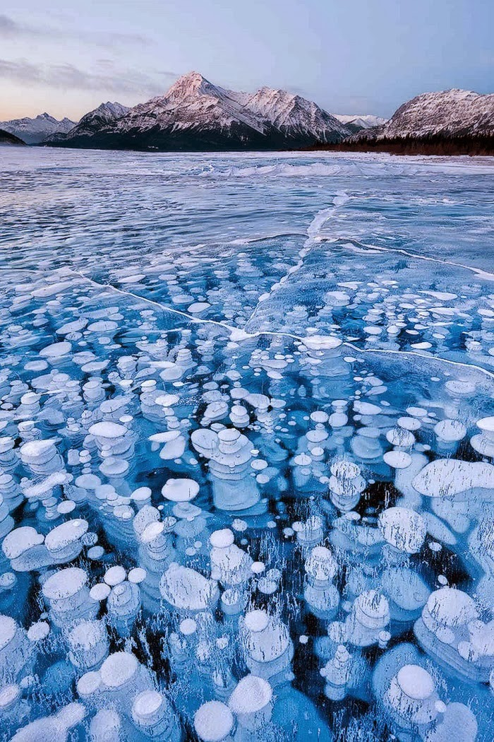 Abraham Lake, Alberta, Canada - Top 10 Amazing Sites Created by Snow and Ice