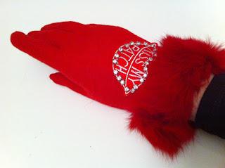 kırmızı eldiven satın al