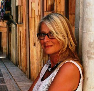 http://penndorf-rezensionen.com/index.php/autoren/item/502-liane-scholl