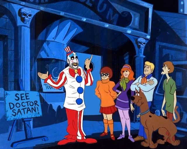 http://www.shocktillyoudrop.com/news/362239-the-scooby-doo-gang-meets-modern-horror-villains-in-this-awesome-gallery/#/slide/1
