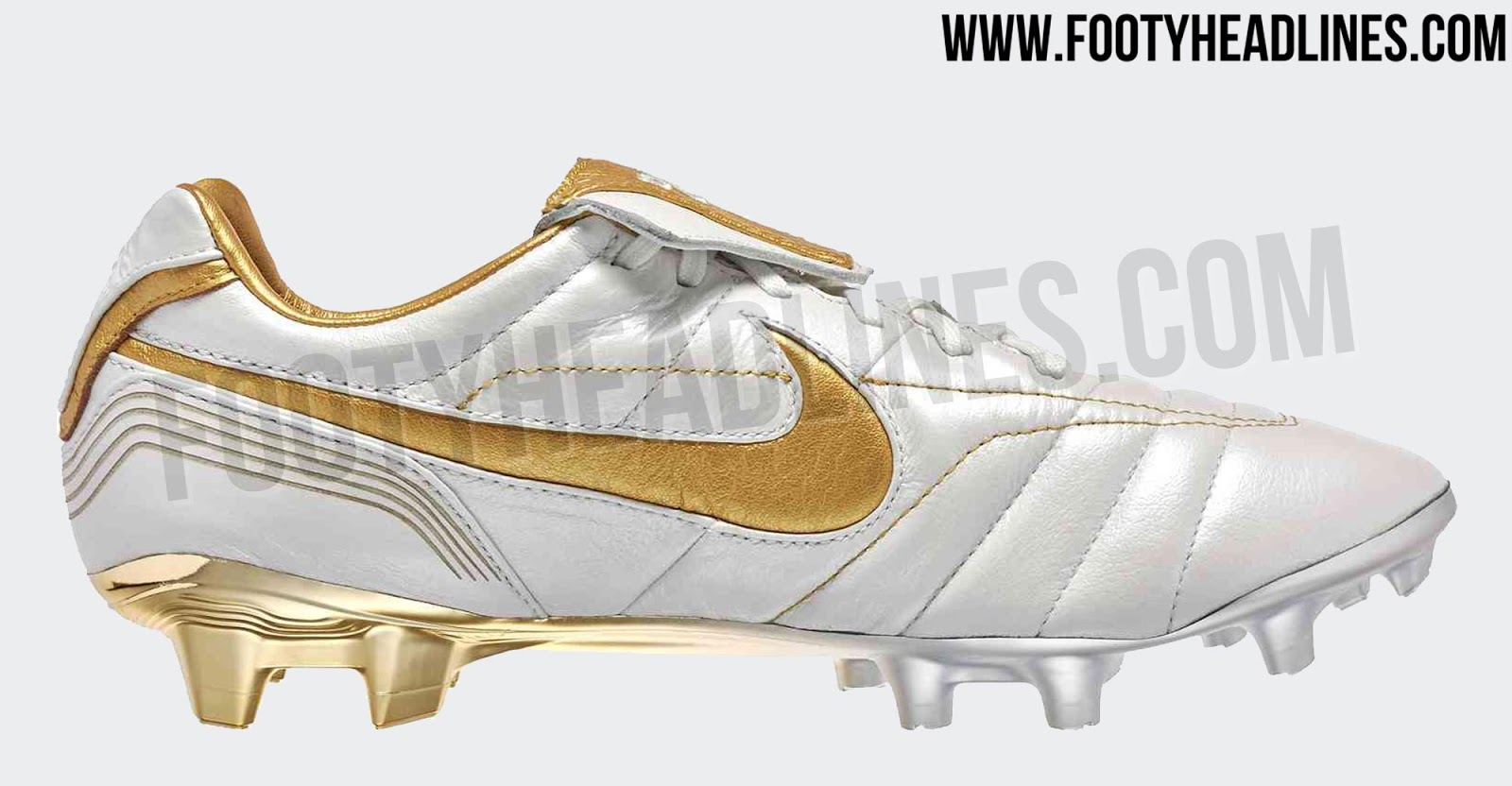 4d92705ed A stunning look inspired by the white and golden Nike Air Legend 2005  Ronaldinho signature boots, the 2018 Nike Tiempo R10 football boots feature  a white ...