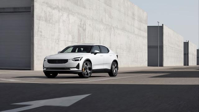 Volvo va a la 'caza' de Tesla con el Polestar 2