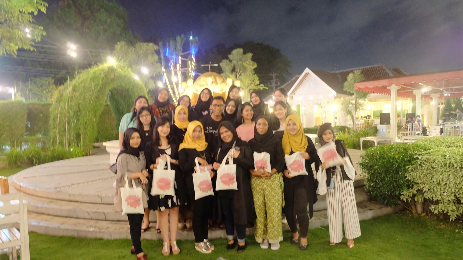 Gala Dinner Di Secret Garden Jogja Eventreport Forever In Love