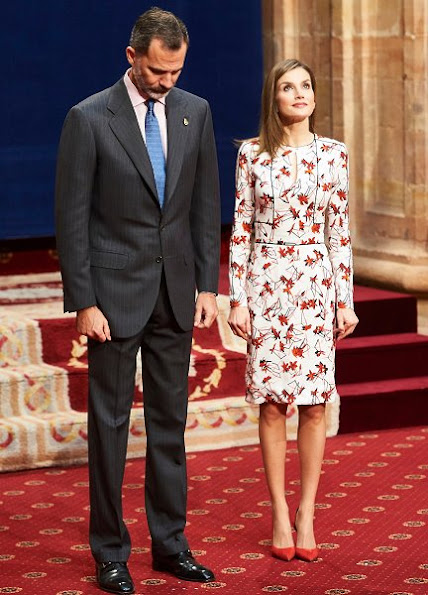 Queen Letizia wore Carolina Herrera  Floral Printed Mikado Dress and Magrit suede pumps